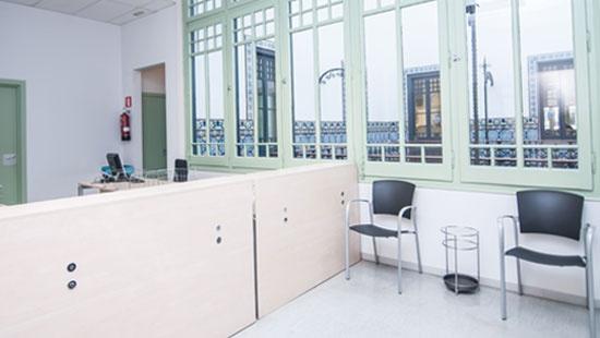 Recepción de la oficina de la Junta Arbitral de Consumo de Barcelona, en la Ronda de Sant Pau, 43-45, 2ª planta.